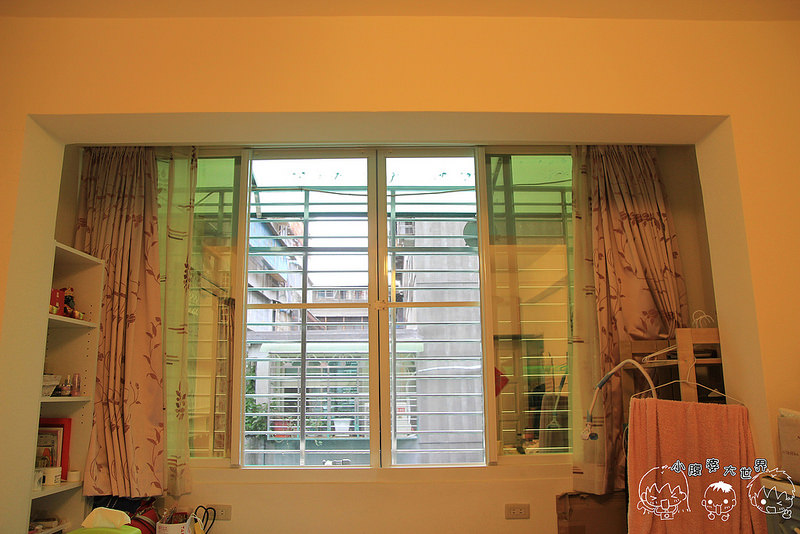 窗台 012