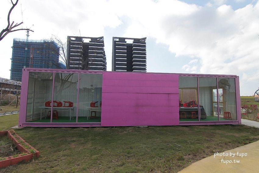 就是要玩!全台最高巨型扭蛋機~2018淡水蛋蛋嘉年華:多款彩色貨櫃進駐,可愛市集,沙堆.球池.扮家家酒組合.DIY,交通,票價,停車場,路線,一日遊