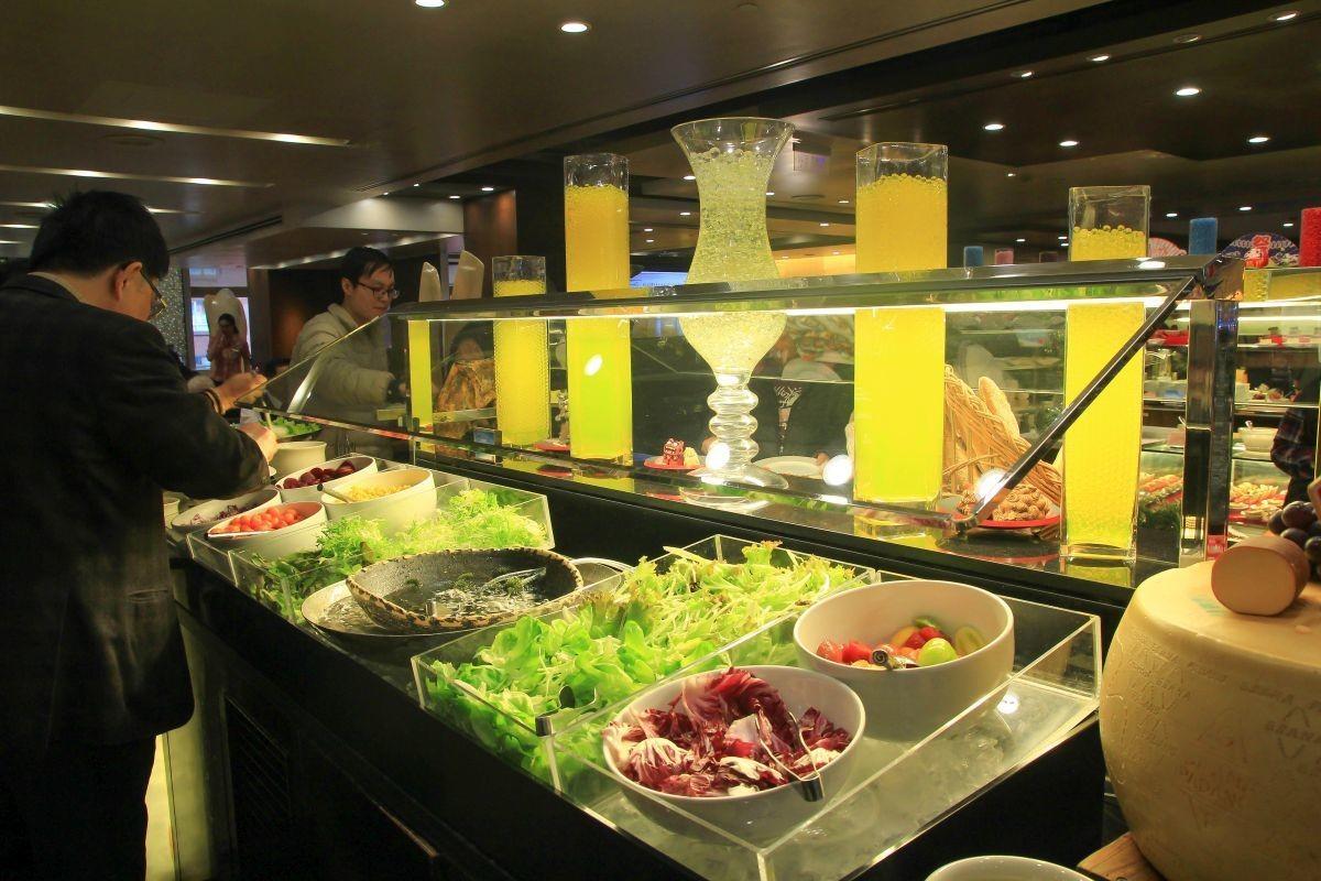 [台北吃到飽] 香格里拉遠東cafe(沖繩海鮮節-春季限定),沖繩直送海鮮,沖繩甜點來台,哈根達斯,價位,自助餐廳,BBQ吃到飽,台北東區美食,東區吃到飽,香格里拉6F,大安區美食