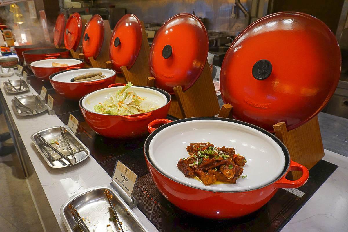 台中住宿早餐|裕元花園酒店,早餐竟然可以吃台南粉嫩牛肉湯,超豐富buffet~吃完午餐不用吃啦!