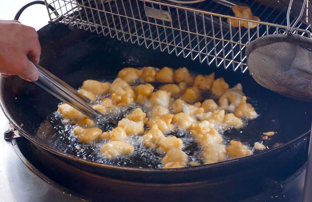 彰化美食小吃 古月館糯米炸~古早味零食,花生香氣加上糯米香,酥酥脆脆越吃越順嘴!