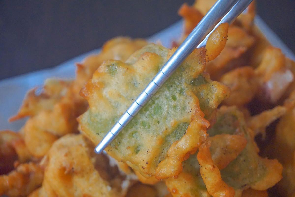 南投美食小吃|阿連扣仔嗲:四代祖傳百年老店,CP值超高啊!炸豆腐20元還有包蚵仔~炸蚵嗲好好吃。