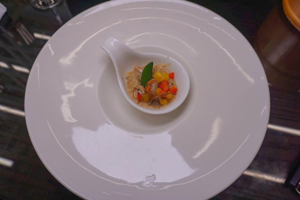 彰化鹿港|掬翠拾煙蔬食創作料理~隱藏版耐人尋味的創意蔬食上菜,上桌自製DIY豆花好吃又好玩~素食也可以這樣吃!