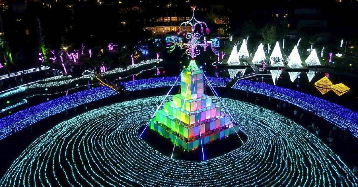 2018宜蘭奇幻耶誕村搶先看|宜蘭新景點:20米禮物聖誕樹、月亮盪鞦韆、燦爛聖誕雪樹、旋轉木馬、發光蹺蹺板!耶誕城、點燈時間、地址、交通、停車場 @小腹婆大世界