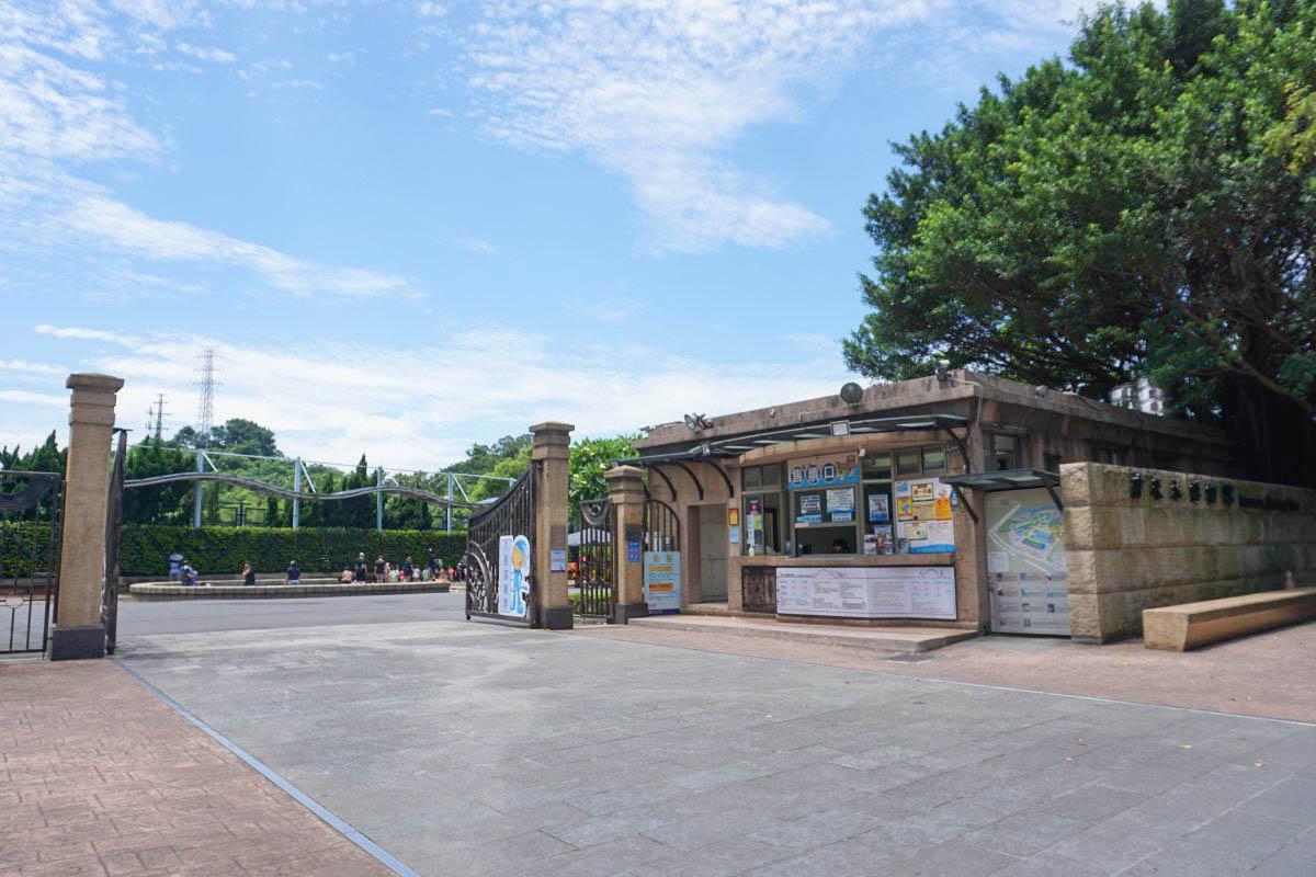 台北玩水親子景點》自來水園區(自來水博物館)~超好玩的水管溜滑梯戲水池、蛋糕噴池、幼童大童戲水區,好好拍的巴洛克建築!