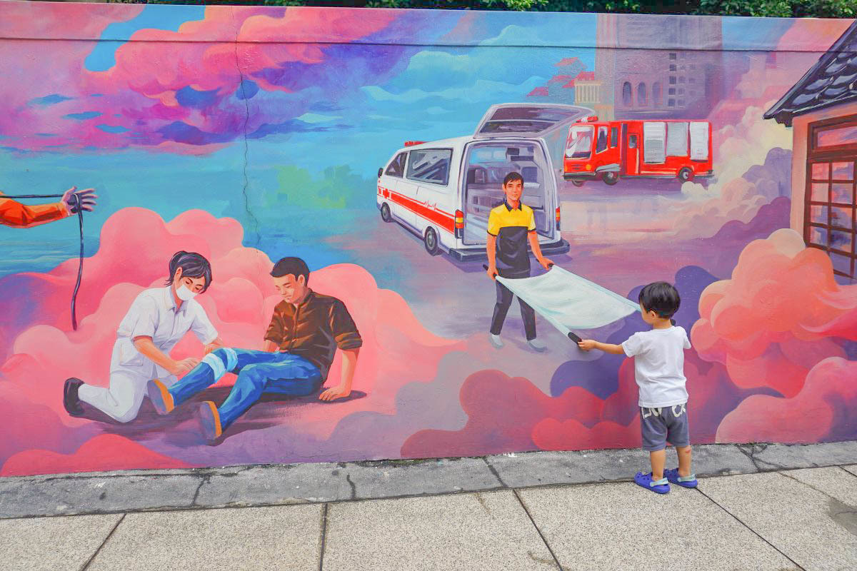 新竹親子景點》新竹市消防博物館(免門票),變身小小消防隊、開會動的小小消防車來去灑水滅火囉!下雨天不建議前往~