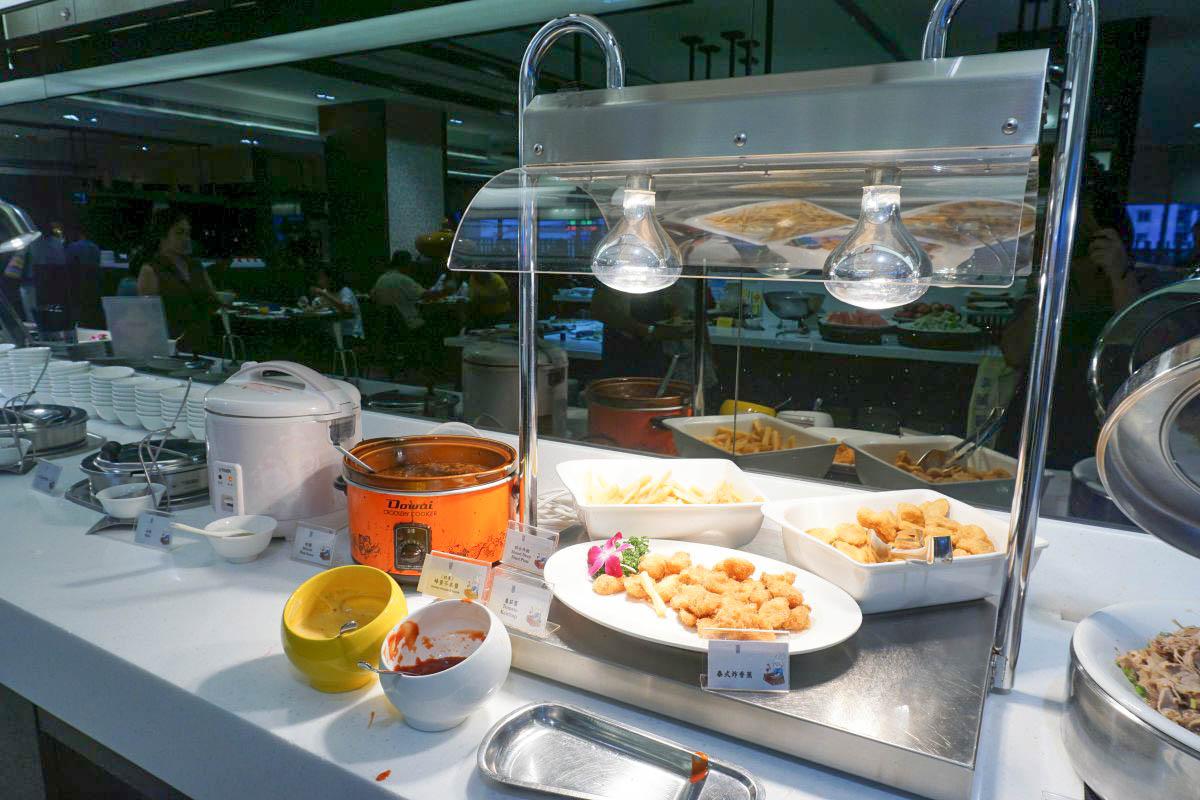 宜蘭吃到飽|悅川酒店羅琳西餐廳~宜蘭在地食材、烤鴨、牛排、異國料理、哈根達斯、台啤紅白酒無限暢飲、從沙拉到甜點都好好吃~