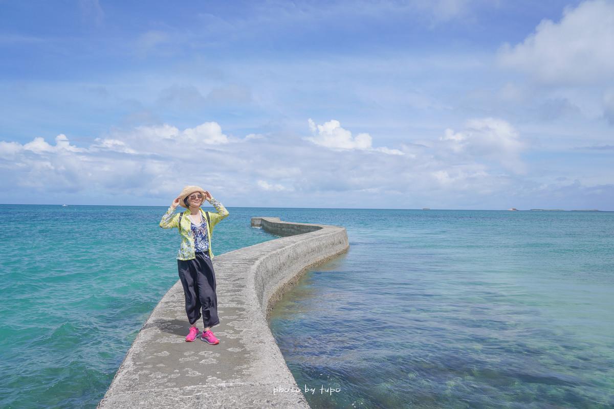 澎湖必訪景點》澎湖天堂路:會消失的海上蜿蜒道路,漸層玻璃海,建議半退潮時來,東港舊碼頭天堂路