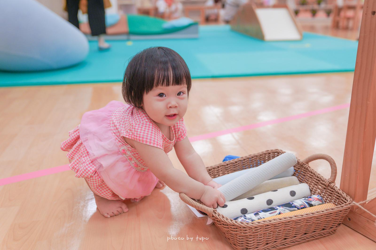 台北免費親子景點:松山親子館,中秋節必備烤肉舖、獨木橋、益智玩具、角色扮演、音樂玩具都好玩!