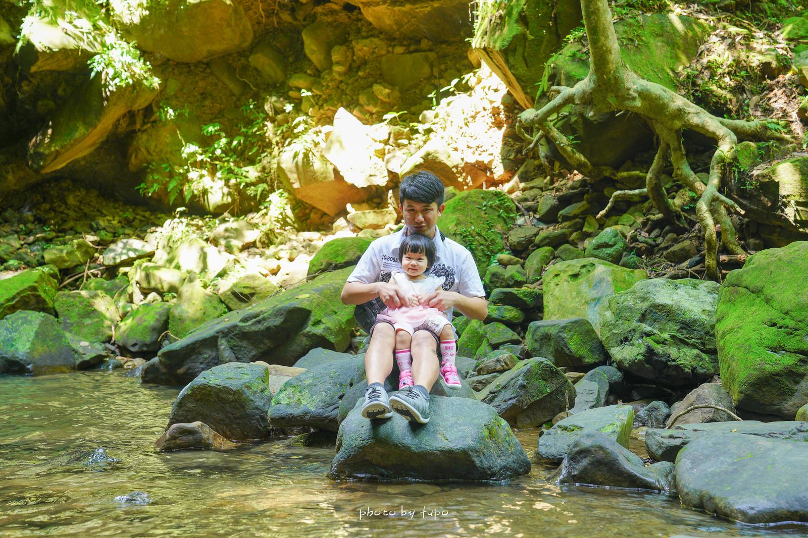 新北汐止。茄苳瀑布:低難度三分鐘抵達森林瀑布秘境,四五層樓高的多層瀑布超級消暑,水質清澈見底~