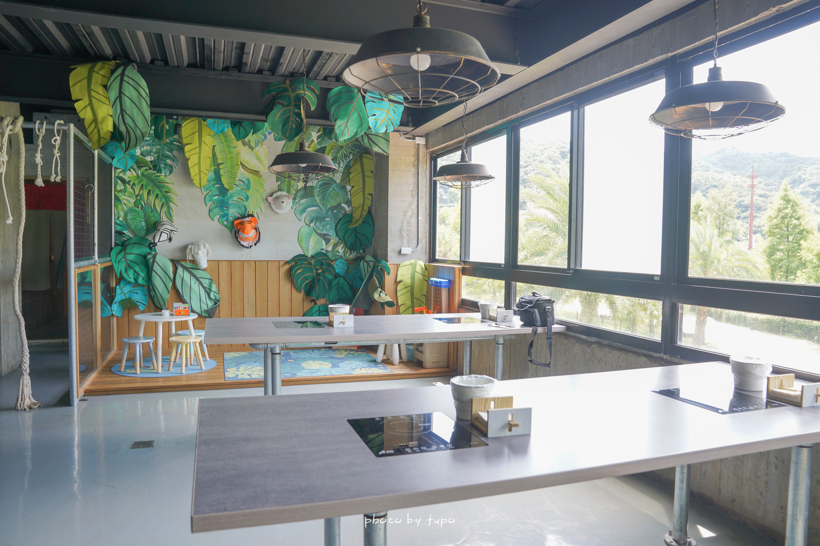 新北萬里》金山皇后鎮森林:玩水烤肉!山泉水愛心泳池、餵魚、露營、大草皮、室內遊戲區、火鍋吃到飽!
