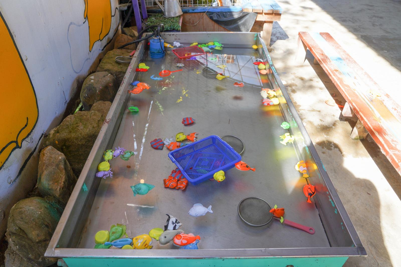 台中親子景點》可以玩整天!公老坪夢想廚房,好好玩的兒童遊戲區、情侶約會,火鍋簡餐都好吃的景觀餐廳