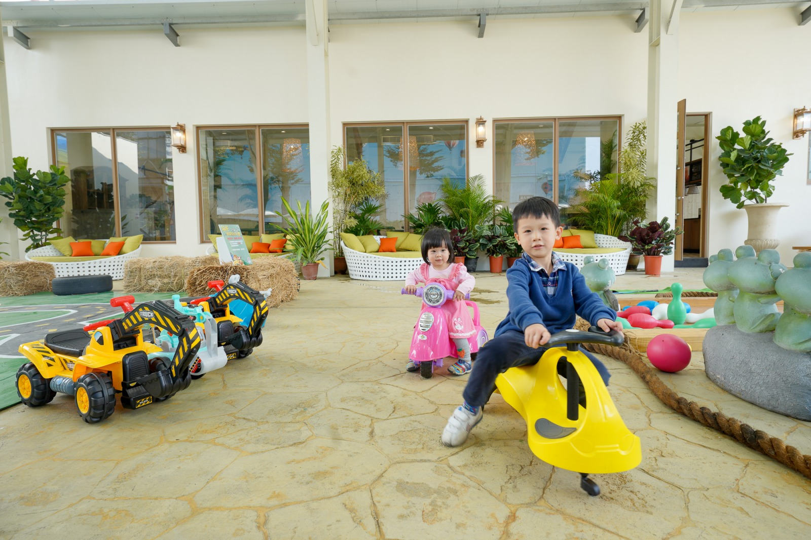 彰化新景點》台灣穀堡全新改版2.0:南洋風網美打卡區、親子遊戲區、全新女孩美妝天地、親子DIY,建議提早卡位~
