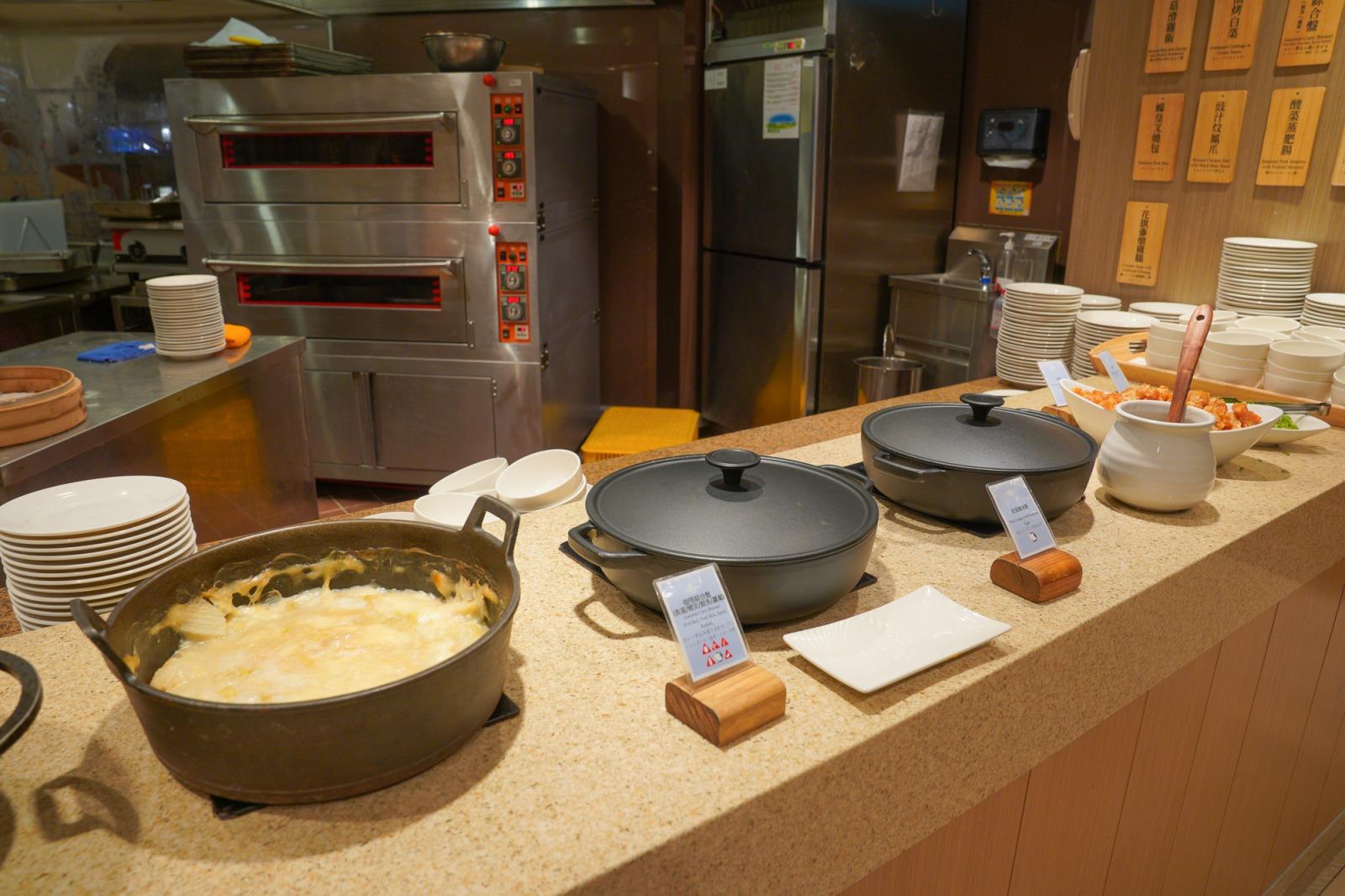 日月潭吃到飽》雲品酒店丹彤自助餐-吃到飽~建議時段,啤酒無限暢飲,生食級干貝,吃得到當地食材特色的美食饗宴