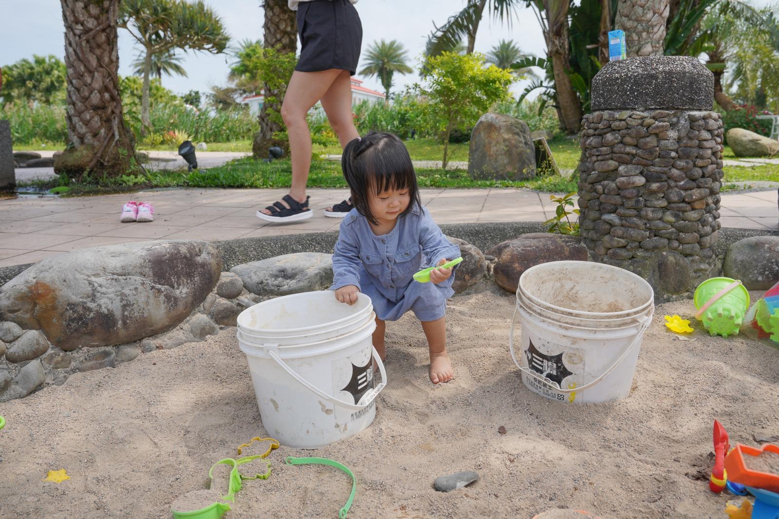 宜蘭礁溪景點》輕親魚朵生態園區~峇里島釣魚去囉!可以搭船、不限時釣魚、撈蝦、玩沙、搭船跟魚賽跑,適合放風小孩和滿足愛釣魚爸爸的景點