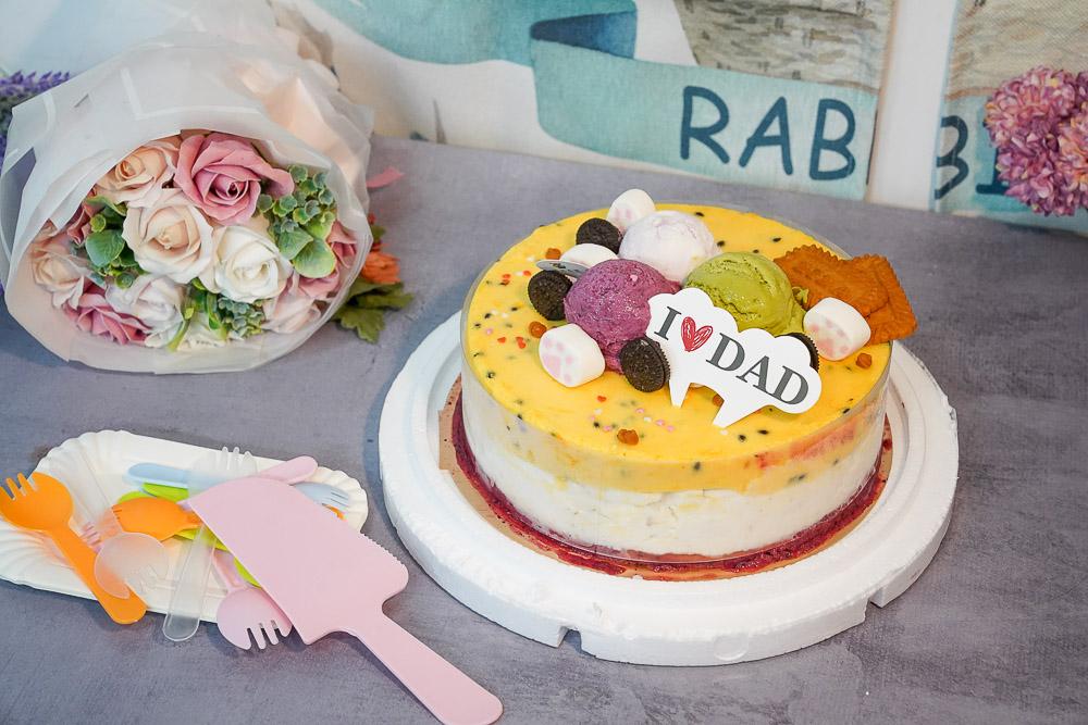 宅配美食》秒殺義式冰淇淋蛋糕!尋光小徑 義式冰淇淋,新鮮水果變成蛋糕,酸酸甜甜雪酪真的超級好吃~ @小腹婆大世界