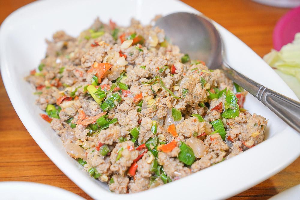 清境魯媽媽雲南擺夷料理》清境美食Google評分4.1顆星的山中特色雲南餐廳,但我通通都不愛