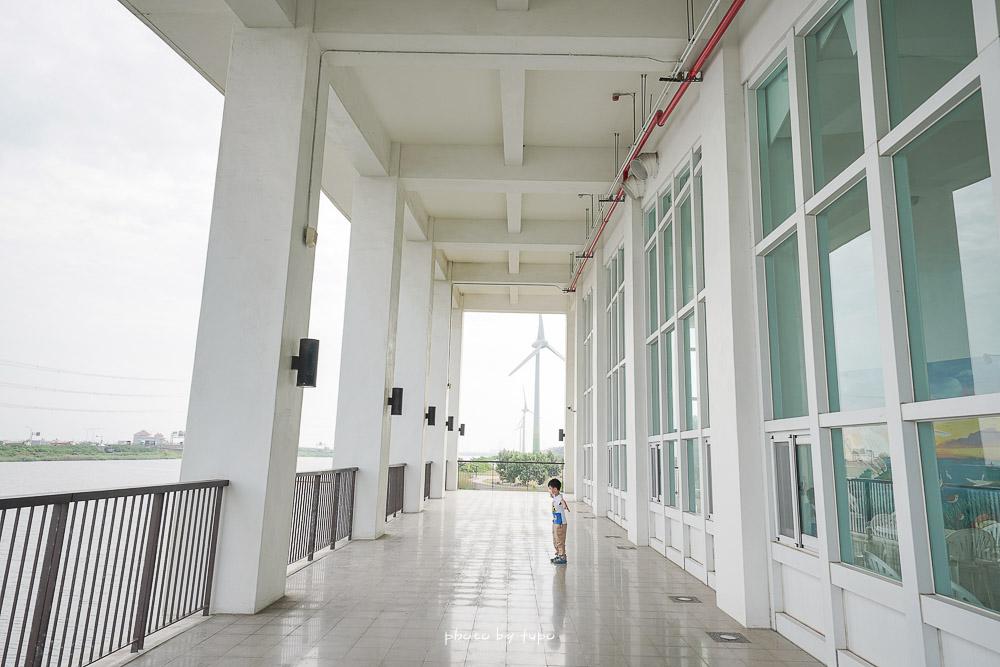 彰化景點》彰化縣自然生態教育中心,伸港白色海豚屋,認識濕地,玩沙區免費玩